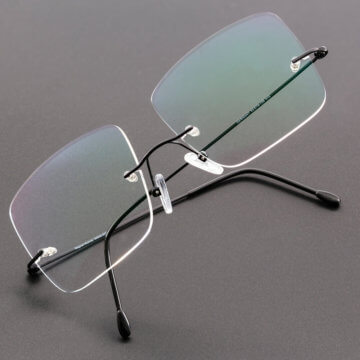 Snookerbrillen.de – Modell Black-Spot Stehend