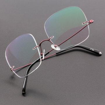 Snookerbrillen.de – Modell Center-Spot stehend